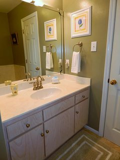 Sink, Furniture, Indoors, Kitchen, Room
