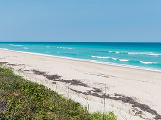 Visit THE PALM SPOT for a vacation you will never forget!  Make some memories!!
