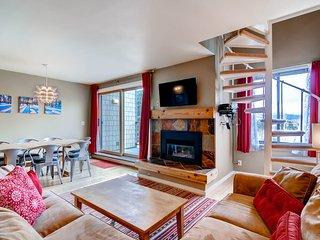 Renovated, spacious, beautiful! Stay here & kids ski free! ~ RA135513
