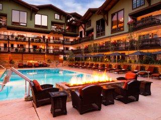 Spacious 3 Br condominium in Vail Village, Sleeps 10!