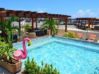 Oceanfront Building - Aldea Thai PH w Private Pool - At Mamitas Beach