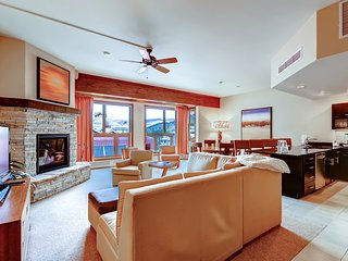 Slopeside Penthouse, Ski-in/Out luxury. Holiday Availability