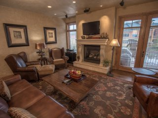 Perfect slopeside townhome for families or couples!