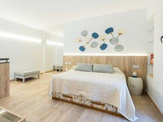 LOFT (Oficina y dormitorio) muy bonito con todas las comodidades