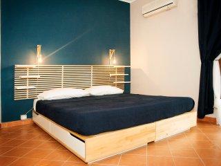 Casa Duci - Stanza Matrimoniale / Doppia con bagno privato e balcone, free WiFi