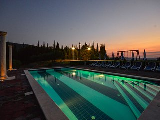 Villa Milicic with pool,sauna,gym and tennis, football court