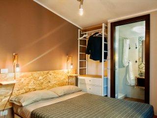 Casa Duci - camera matrimoniale alla francese, bagno privato, free WiFi