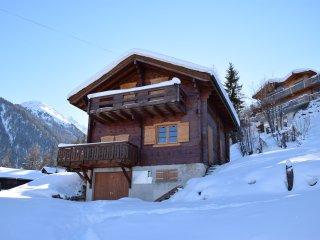 Komfortables Chalet Nahe Lift mit herrlichem Blick ins Rhonetal