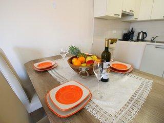 NEW! Apartment Brigite, quiet location