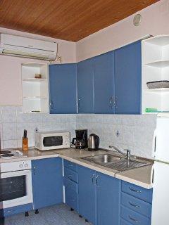 A3(6): kitchen