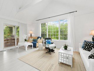 East Hampton Guest Cottage SOH