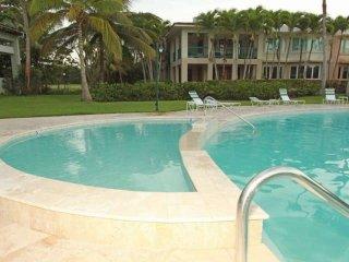 Country Beach Villa in Dorado