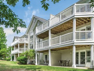 Greensprings Vacation Resort - 4 Bedroom (Sleeps 12)