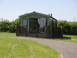 """Wood View"" A nature lover's retreat in quiet valley. New holiday caravan."