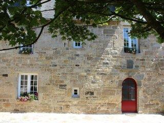 Location de vacances, gîte de charme dans un manoir typique du XVème siècle