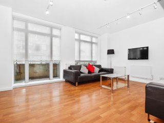 Spacious apartment in London with Lift, Washing machine