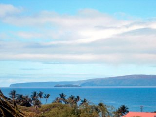 Beautiful Kihei Alii Kai Ocean View 2 Bedroom Condo with FREE Canada calling