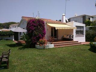 Cozy villa walking distance to Puerto Banus