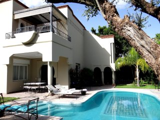 Charming Villa close to 3 Golf resorts - 8 persons