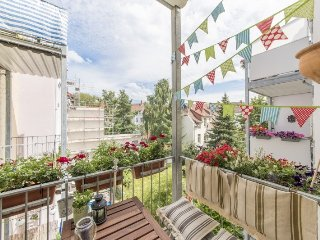 Spacious apartment in Hanover with Parking, Internet, Washing machine, Balcony