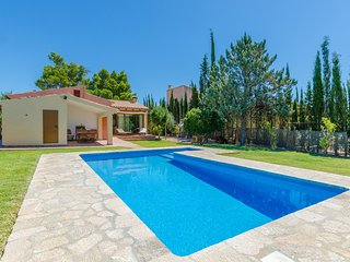 SA PISTA - Villa for 6 people in LLOSETA