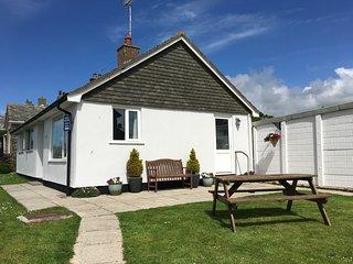 Copthorne Holiday Cottage