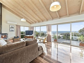 OTWAY VIEWS - PANORAMIC OCEAN VIEWS