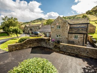 Luxury barn conversion in Edale, Peak District