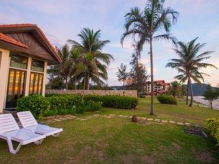 Sabah Beach Villas & Suites (Sea front Pool Villas)