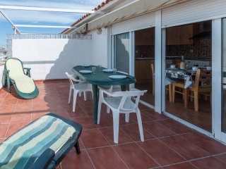 TOKIO 1 - Apartment for 4 people in Playa de Oliva