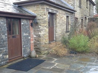 Owletts B&B, double room, ensuite, character barn conversion.