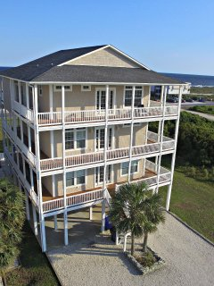 8BR Oceanview, Elevator, Private Heated Pool, Wrap-around Decks with Fantastic Ocean View