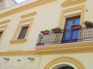 Spacious apartment very close to the centre of Trapani with Air conditioning