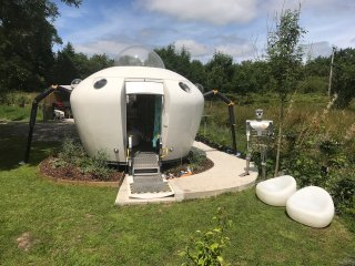Spodnic Amazing Spaces intergalactic glamping pod UFO spaceship with hot tub!
