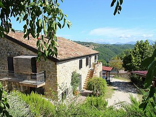 House in Gubbio with Internet, Pool, Air conditioning, Parking (499768)