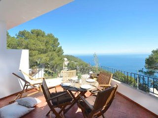 Cozy apartment in Begur with Parking, Washing machine, Pool, Terrace