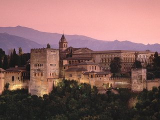 Estupendo piso en Granada muy luminoso