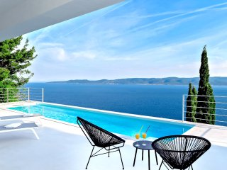NEW!! Villa V - private pool, special loaction & surroundings