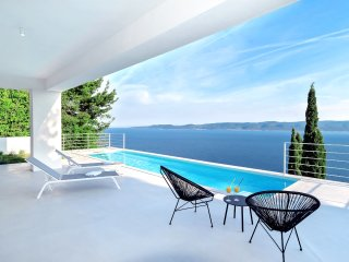 Amazing Villa V - private pool, special loaction and surroundings