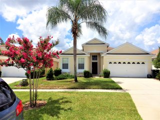 Superb 4 Bedroom Executive Plus Home with private pool
