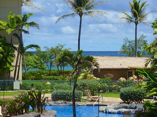 Luxury in Paradise within the Waipouli Beach Resort at F-204