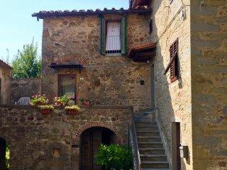 Casa Fabre Arte a 500m nel borghetto di Valle offre bellezze naturali e d'arte