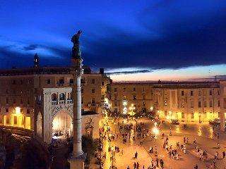 Suite con grandissimo terrazzo vista sulla piazza principale di Lecce
