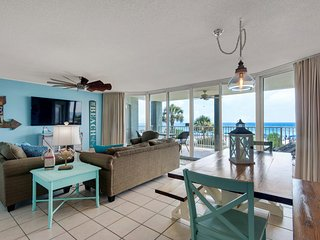 Remodeled 2BR/2BA Long Beach Resort, Free Beach Chairs, Free WIFI, 1st Floor