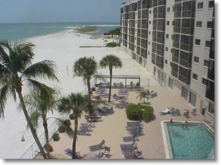 JAN. 5-12 $1150 WK 'LIVING THE DREAM ON FT. MYERS BEACH!'  2 BDRM/2 BTH CONDO
