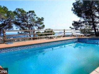 Spectaculaire avec piscine privee  vue  mer