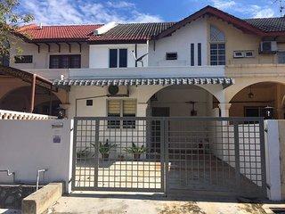 USJ 6 HOUSE