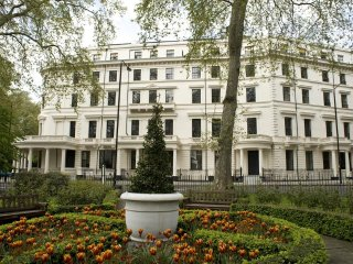 Grade II listed building overlooking Sussex Garden a stones throw from Hyde Park