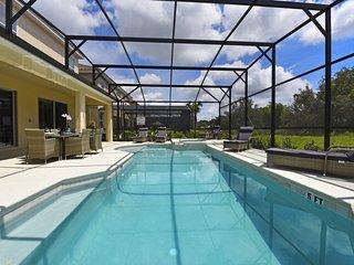 Beautiful Solterra Resort Home Near Disney 5248