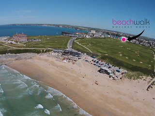 Beachwalk is a 4 bed contemporary Fistral Beach holiday home
